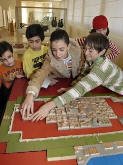 Activitat 'Construeix una ciutat romana!'