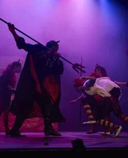 Representació d'Els Pastorets dansen