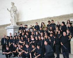 Actuació de l'orquestra Desert Sands Symphonic Winds i l'Orquestra Fusió Sant Cugat