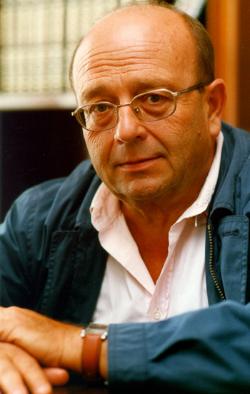 L'escriptor Manuel Vázquez Montalbán (1939-2003). Font: escritores.org