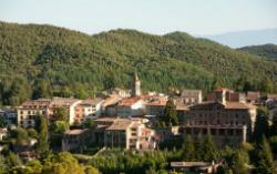 Poble de Viladrau al cor del Montseny. Font: viladrau.cat