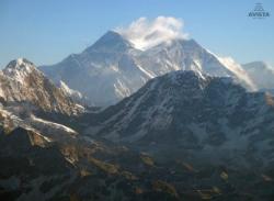 El Mont Everest (8.848 metres d'alçada, el sostre del món). Font: web del basc Àlex Txikon