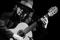 El guitarrista Toti Soler. Font: web de Cultura de Banyoles
