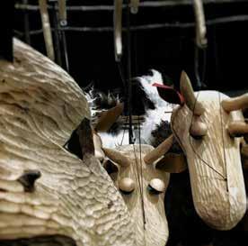 """.Companyia Xip Xap, amb """"El llop i les set cabretes"""".  Font: figueresaescena.com"""