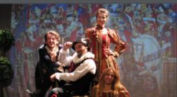 """.Representació de """"La dama boba"""", de Lope de Vega.  Font: web de Figueres a escena"""