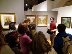 """Visites guiades a l'exposició """"El desig de viure i d'escriure. Prudenci i Aurora Bertrana"""". Font: web del Museu d'Història de la ciutat de Girona"""