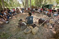 Visita guiada i demostració d'activitats neolítiques al Parc de la Draga. Font: museusdebanyoles.cat
